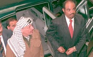 Ethiopian President Meles Zenawi (R) and PLO chair